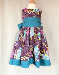 The Party Dress - Girls dress pattern and tutorial