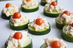 Komkommer hapjes, gezondere optie voor bij de borrel.