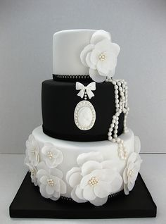 Black and white wedding cake with pearls