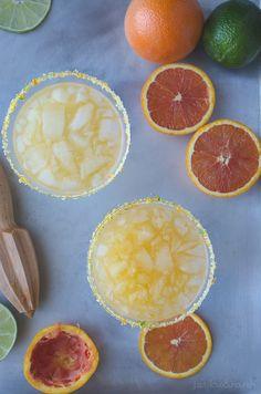 Cara Cara Margarita - using sweet and mellow Cara Cara oranges, this margarita is perfect!   From @tasteLUVnourish on www.tasteloveandnourish.com
