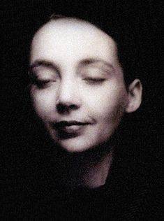 Marguerite Duras Marguerite Duras, Writers And Poets, Charles Darwin, Book Writer, Magic Book, Jolie Photo, Portraits, Vintage Photographs, Famous People