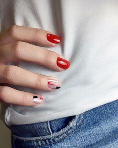Nail Shapes - My Cool Nail Designs Red Manicure, Red Nails, Hair And Nails, Pink Nail, Cute Nails, Pretty Nails, Lampe Uv Led, Geometric Nail Art, Gel Nails At Home