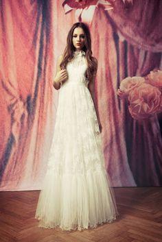 Amaretto lace dress, cute romantic halterneck from ida sjöstedt
