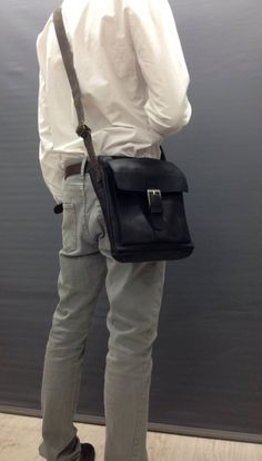 a0ee6a01dc2 Men s Small Black crossbody leather messenger Soft Men s leather bag  crossbody bag Lightweight Mens