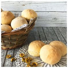 Olive Bread, School Lunch Box, Kid Friendly Meals, Recipes, Savoury Pies, Food, Pastries, Breads, Cakes