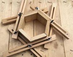 Spannhilfe für Vielecke wie Dreieck , Viereck , Fünfeck ... mit Eurer Hilfe Erweitert .. DANKE Spannhilfe Sechseck,Spannhilfe Achteck,Sechseck verleimen,Viereck Verleimhilfe