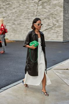 Copenhagen Fashion Week Street Style Spring 2020 Who What Wear editor Erin Fitzpatrick breaks down the biggest trends from Copenhagen Fashion Week street style. Fashion Weeks, Big Fashion, Look Fashion, Spring Fashion, Fashion Outfits, Fashion Trends, Womens Fashion, Fashion Styles, Runway Fashion