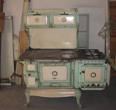 I cooked on this stove when Sara was a baby and we lived in Mineral!