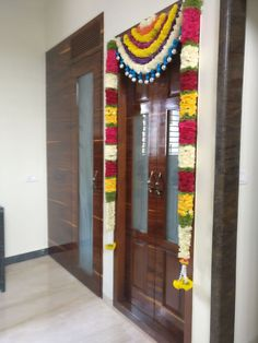 Flowers For Door The Effective Pictures We Offer You About wedding decorations summer A quality picture can tell you many things. You can find the most beautiful pictures that can be pre Wedding Ceremony Ideas, Used Wedding Decor, Wedding Stage Design, Wedding Stage Decorations, Garland Wedding, Wedding Events, Door Flower Decoration, Thali Decoration Ideas, Diy Diwali Decorations
