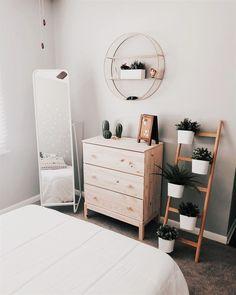 40 Minimalist Bedroom Ideas: Bohemian Minimalist With Urban Outfiters Bedroom Ideas 1 Dream Bedroom, Home Bedroom, Modern Bedroom, Bedroom Inspo, Bedroom Ideas Minimalist, Bedroom Corner, Ikea Bedroom Design, Trendy Bedroom, Minimalist Decor
