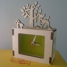 Forest-Tabletop-Clock_01.jpg 432×432 pixels