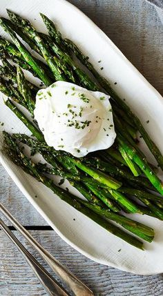 Grilled Asparagus and Poached Eggs