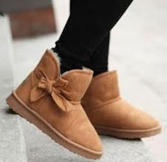I love these bow boots!