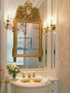 Stylish Decorating Ideas for Small Spaces...Try Mirror-on-Mirror