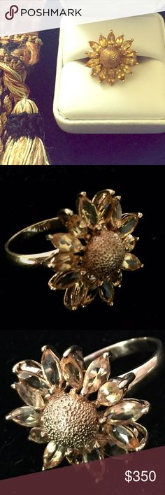 Solid Gold & Citrine Ring Vintage solid gold citrine daisy ring. Beautiful sparkle and very unique. 10k Jewelry Rings