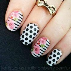 Vertical Gardens White & Black Polka facebook.com/katiesnailsjamberry