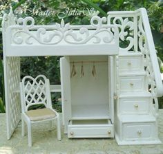 Bedroom furniture: bed, dresser, cupboard with doors and desk in one unit Miniature Crafts, Miniature Houses, Miniature Dolls, Miniature Furniture, Dollhouse Furniture, Dollhouse Dolls, Dollhouse Miniatures, Diy Barbie Furniture, Bedroom Furniture