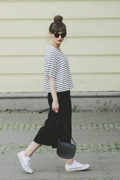 Striped tee by H&M, black culottes by Primark and black chucks.