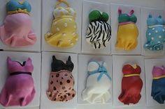 Cutest mini cakes! Pregnant bellies!