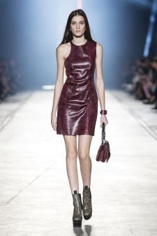 Women's fashion and accessories - SS 2016 - Fashion show collection - Versace 2016