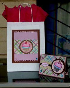 Bolsa y tarjeta de cumpleaños