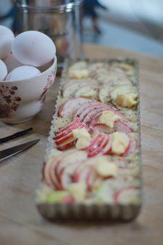 Knäckig äppelkaka! (Leila Lindholm)