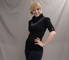 Shirt Leni  schwarz-Pünktchen von lisi-design auf DaWanda.com