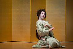 February 2016: geiko Ryouka of Gion Higashi by ta_ta999 - blog