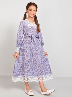 Frocks For Girls, Little Girl Dresses, Girls Dresses, Frock Fashion, Fashion Dresses, New Frock, Sleeves Designs For Dresses, Girl Dress Patterns, Frock Design