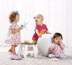 Oh wie süß! Wunderschöne Baby und Kleinkindmode für Mädchen von BONDI! Cool Tees, Baby Girls, Little Dresses, Spring Summer, Dirndl, Nice Asses