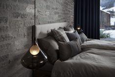 Schaffen sie auch im Schlafzimmer ein einzigartiges Lichtkonzept, um sich rundum wohl zu fühlen. Foto: FINE