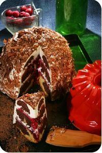 Részeges meggyes koszorú My Recipes, Cake Recipes, Dessert Recipes, Cooking Recipes, Croatian Recipes, Hungarian Recipes, Hungarian Cuisine, Love Cake, Cakes And More