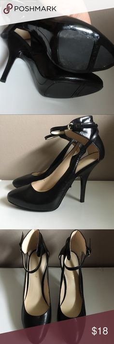 Nine West black ankle strap heels  size 7.5 Very good conditions Nine West Shoes Heels