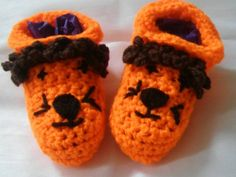 Booties/crib shoes/slippers/lion features in orange and brown by bootneckbabies…