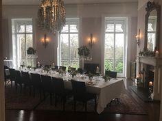 A beautiful display! Cliff, Townhouse, Table Settings, Restaurant, Display, Weddings, Luxury, Furniture, Beautiful