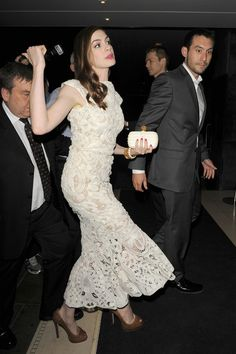 "Anne Hathaway Photos - Anne Hathaway wears an Alexander McQueen lace gown to the ""One Day"" afterparty at the Sanderson Hotel in London. Anne is in the UK promoting her film ""One Day"" adapted from the bestselling novel by David Nicholls. - Anne Hathaway at the ""One Day"" Afterparty in London"