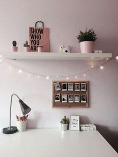 70 Cozy Minimalist Bedroom Design Trends - JP Home Design Advice 2020 Cute Room Ideas, Cute Room Decor, Cool Home Decor, Study Room Decor, Study Rooms, Study Desk, Home Decoration, Study Office, Room Wall Decor