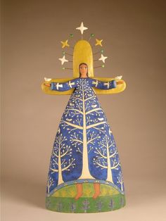 Lisa Smith is an ceramic artist in Santa Fe New Mexico. Lisa Smith makes one of a kind high fired ceramic sculptures. Ceramic Figures, Clay Figures, Ceramic Artists, Angel Art, Wood Angel, Pottery Angels, Lisa Smith, Wood Peg Dolls, Angel Crafts
