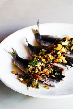 fresh sardines with green garlic