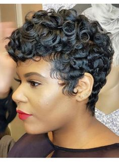 pin curl Pin curl Yowie: Man Or Beast? Pin Curls Short Hair, How To Curl Short Hair, Medium Short Hair, Cute Hairstyles For Short Hair, Short Hair Cuts, Curly Hair Styles, Natural Hair Styles, Pixie Cuts, Pixie Styles