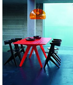Zing into Spring with the Slab dining table and chairs by Tom Dixon. Formed from a slab of solid oak and characterised by a deeply brushed and heavily lacquered surface that showcases the natural grain of the wood.    Slab dining table and chairs by To http://www220.litado.edu.vn  http://www220.litado.edu.vn/2012/11/12/mon-an-giam-can-mon-an-gi-giam-can-cach-an-kieng-giam-can-nhanh-nhat  http://www220.litado.edu.vn/2012/11/09/meo-giam-can-hieu-qua