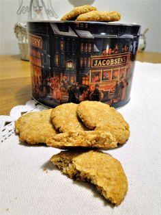 Ovesné cookies s kokosem Healthy Recipes, Healthy Food, Cookies, Baking, Desserts, Fitness, Basket, Biscuits, Healthy Foods