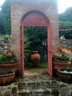 OCT. SITTER FOUND. Looking for someone for late Feb. to Early April 2014.  House Sitter Needed  Guadalajara, Lake Chapala, Tlachichilco   Poncitlan,Jalisco Mexico  Oct 25,2013 For 18 days approx.   Short Medium Term Not a member? Join today to contact homeowner Talespinning PLEASE CHECK BACK around 15 Oct...for updated ad. I am waiting confirmation of dates for Spring sit. Dates are around 23 Feb. - 4 April 2014(give and/or take up to 5 days).