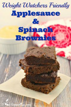 Weight Watchers Friendly Applesauce:These low-fat Applesauce and Spinach brownies are healthy and weight watchers friendly, at only 4 smart points per brownie.  #spinach #brownies #chocolate #dessert #healthydessert #wwrecept #weightwatchers #weightwatcherrecipes #weightwatchersnacks #dessertrecipes #vegetarian #vegetables