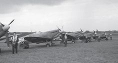 72 Squadron, July 1941. Des Sheen is on the extreme left. The Spitfires, Supermarine Spitfire, Battle Of Britain, Fighter Aircraft, Fighter Jets, Luftwaffe, Gliders, World War Two, Pilots