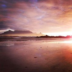 my table mountain African Sunset, Table Mountain, Cape Town, Wonders Of The World, South Africa, Beautiful Homes, Scenery, Explore, Homeland