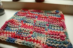 Busy fingers, busy life...: Tutorial: Finishing A Tunisian Project/Tunisch afhechten