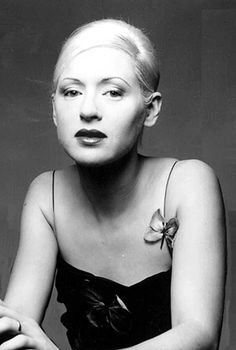 01.05.2013: Happy 45th Birthday, Ms. D'arcy Wretzky of The Smashing Pumpkins!