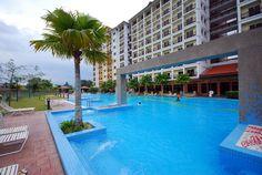 Bukit Merah Laketown Resort - Suria Service Apartment