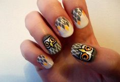 Super cute nail designs (Ivy, there's an adorbs penguin design in here you MUST HAVE!)